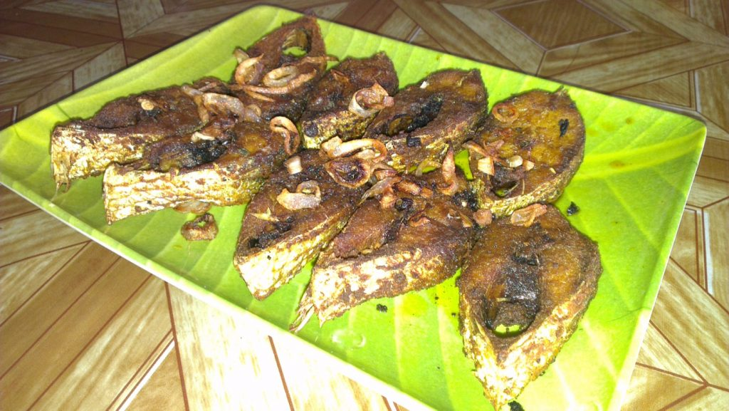 Ilish-Vaja fish fry
